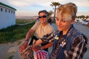 Grammy Sue and Mali show off their henna