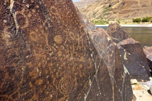 Petroglyphs along the Snake River