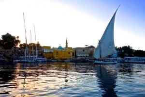 Sunset sail on a felucca