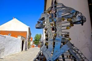 Public art celebrating local legend