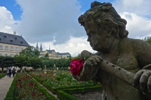 Rose gardens for Neue Residenz