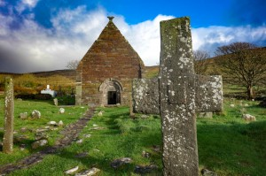 Kilmalkedar Church ruins and graveyard