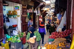 Busy Fez souk/marketplace